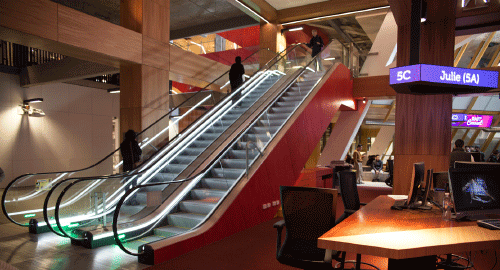 Escalators on level 4